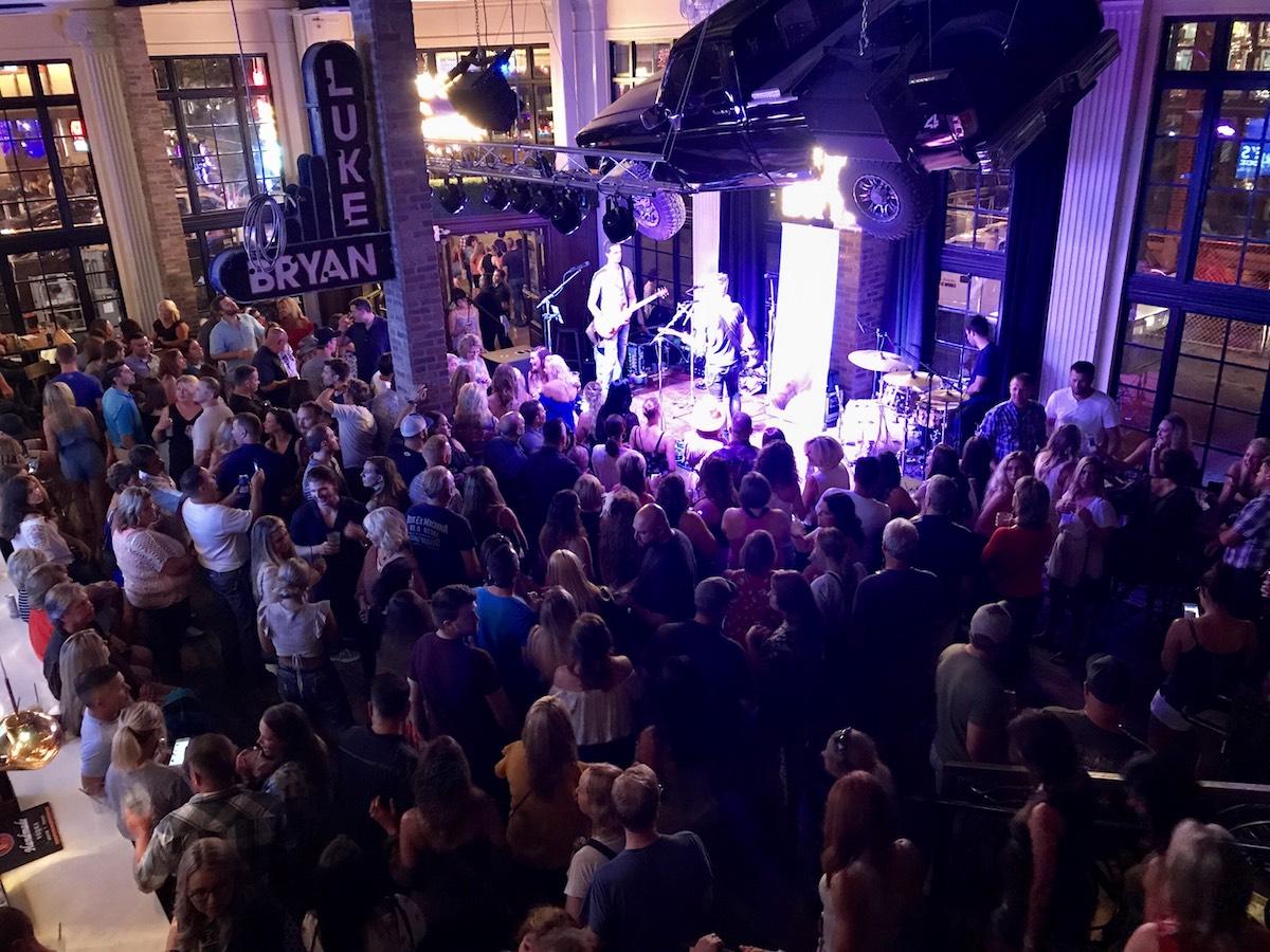 Live Entertainment Nashville